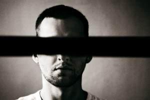Курение может стать причиной слепоты